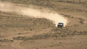 987435339-range-rover-deserto-del-negev-trazione-integrale-vibrazione-dell'aria