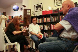 Laura Pariani con Francesco Pattini in libreria