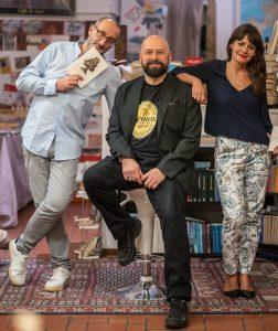 Alice e Antonello con Matteo Meschiari nella foto di Emiliano Zampella