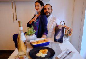 Clicca sulla foto di Agostino e Isabella per accedere al video e preparare il Gratin Dauphinois nella ricetta di Burro Salato Bistrot